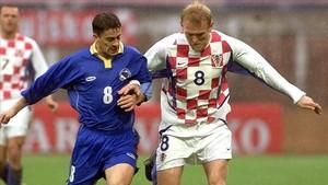 Prosinecki, integrante del equipo del 98, durante un amistoso