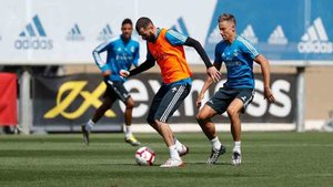 Benzema completó la sesión de entrenamiento