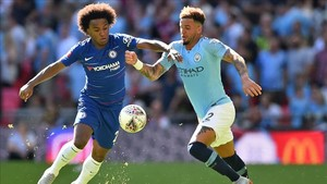 El brasileño Willian, durante la disputa de la Community Shield frente al Manchester city