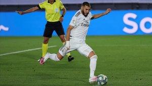Con Ramos ausente Benzema no falló desde los once metros