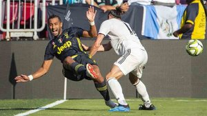 La Juventus le busca un sustituto a Benatia