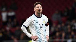 Leo Messi se lesionó durante el partido ante Venezuela