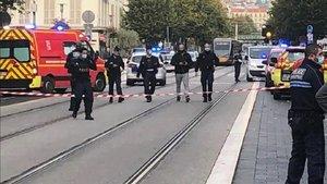 Posible ataque terrorista en Niza (Francia) deja al menos a 2 muertos