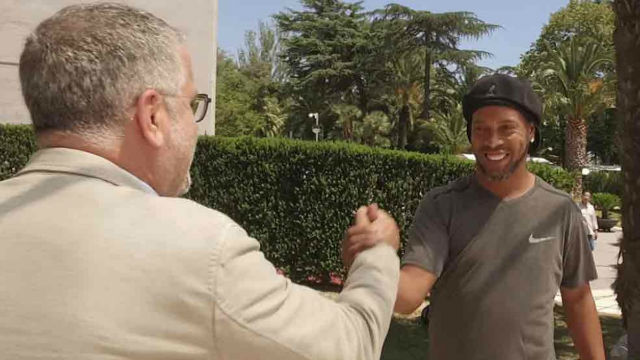 Ronaldinho, entrevistado en TV3