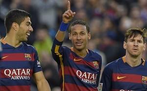 El tridente, en el Camp Nou