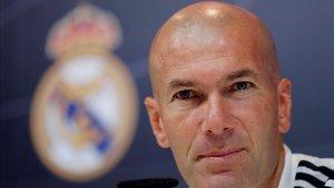 Zidane comparece en la sala de prensa