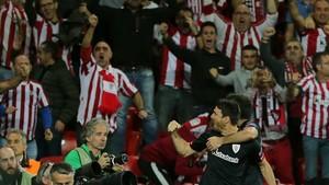 Aduriz propició el delirio en San Mamés con su gol