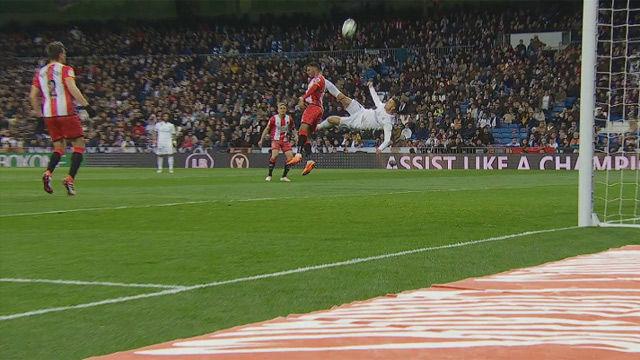 Cristiano marcó cuatro... pero envió una chilena hasta el infinito y más allá