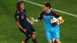 Iker Casillas le ha sacado un parecido razonable a Carles Puyol y Danilo Pereira | El Mundo