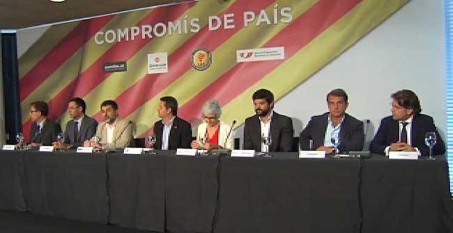 Los 4 candidatos firman el compromiso por Catalunya