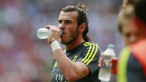 Los futbolistas podrán parar a beber dos veces en un partido