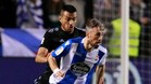 Luisinho disputa un balón ante Cabral en el duelo de la primera vuelta en Riazor.
