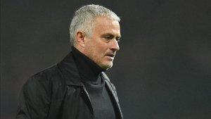 Mourinho recibe al Fulham en Old Trafford después de empatar contra el Arsenal