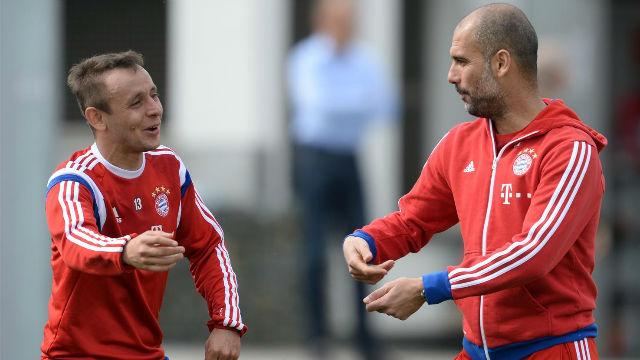 Rafinha: Guardiola cambió el sistema de juego del Bayern para que yo puediera jugar
