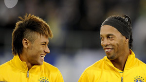 Ronaldinho espera que Neymar llegue a Rusia