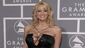 actriz porno deberá pagar casi 300.000 dólares a Donald Trump