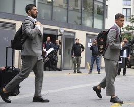 El FC. Barcelona viaja a Londres con los nuevos trajes de Thom Browne