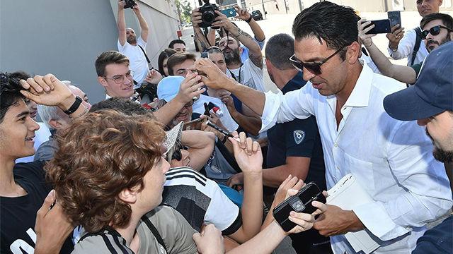 Buffon regresa a la Juventus