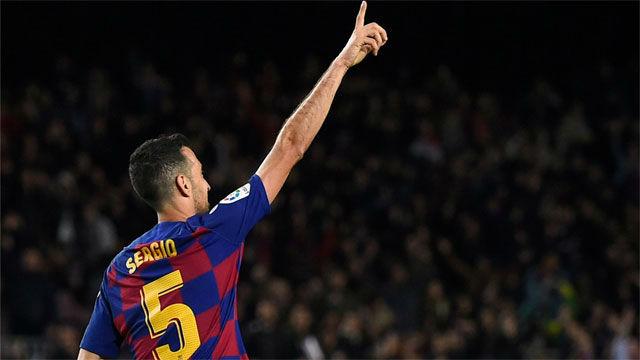 Busquets redondeó la exhibición culé con su primer gol del curso