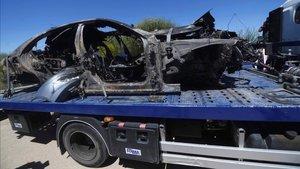 El coche de Reyes quedó totalmente calcinado tras el accidente