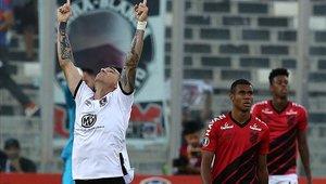 Colo Colo y Athletico Paranaense chocaron por el grupo C de la Copa Libertadores