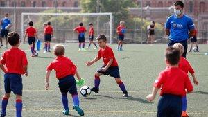 Imágen de los niños que participan en el Campus de la sede de Barcelona
