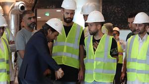 Jordi Alba, junto a Gerard Piqué y Sergio Busquets, en uno de los actos que llevó a cabo esta semana en Doha (Catar)
