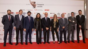 José María Masanellas, director General y Miguel Payà, director comercial, junto a otros representantes de la empresa Meroil, no faltaron a la cita con el deporte catalán