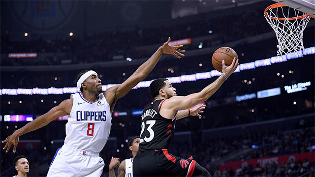 Los Clippers vencen en casa al campéon (98-88)