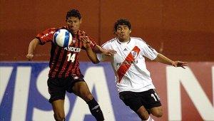River y Paranaense se enfrentaron hace años por la Copa Sudamericana