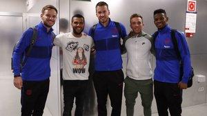 Alves ha visitado a sus amigos del Barça