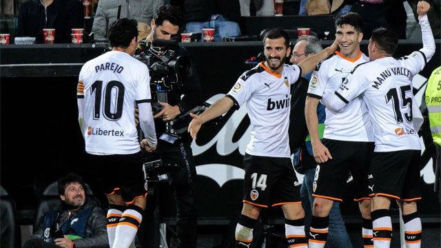 Carlos Soler heló la sangre del Real Madrid con este gol