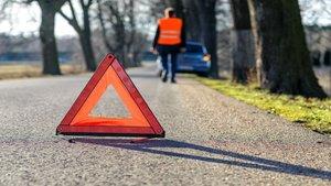 La DGT dice adiós a los triángulos de emergencia de los automóviles