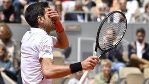 Las Reprimendas De Djokovic Al Arbitro Espanol De Su Partido