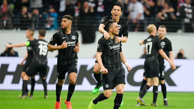 El Eintracht de Jovic estará en semis tras remontar la eliminatoria