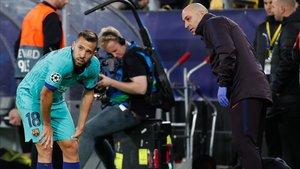 Jordi Alba vuleve a entrenarse después de lesionarse ante el Borussia Dortmund