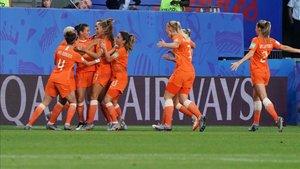 Las jugadoras de Holanda celebran el pase a cuartos de final.