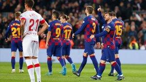 Messi celebra su segundo gol en el Camp Nou