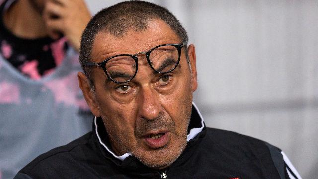 Sarri reconoce que Dybala puede quedarse fuera de la lista de Champions
