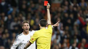 Sergio Ramos es el futbolista más expulsado de la historia de la Liga