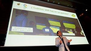 Velasco Carballo es el máximo responsable del arbitraje y del VAR