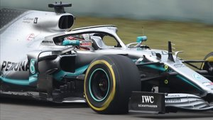 xortunomercedes british driver lewis hamilton drives his190417222513