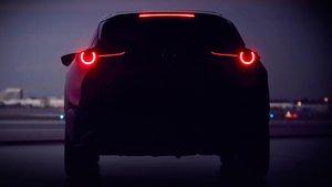 Primera imagen del nuevo SUV de Mazda.