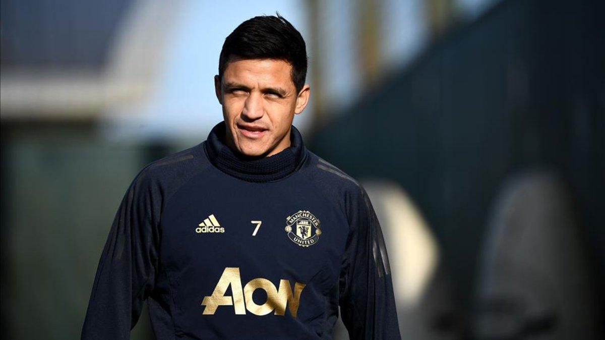 9c5bc6ae1 Overmars habla sobre un posible retorno de Alexis Sánchez al Arsenal