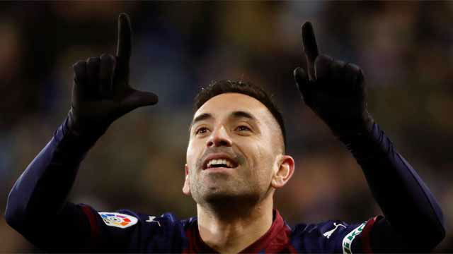 Charles lideró el ataque del Eibar al marcar dos goles ante el Girona