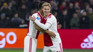 Frenkie de Jong estuvo inspirado contra el Heerenveen