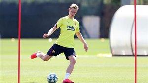 De Jong, en un entrenamiento reciente del Barça