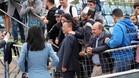 Los aficionados del Espanyol se han fotografiado con el presidente