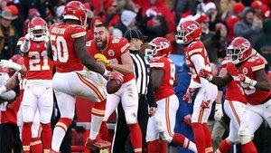 Los jugadores de Chiefs celebrando el triunfo