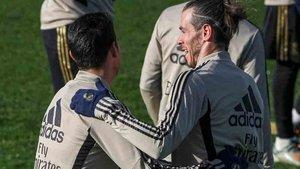 El Madrid necesita vender a Bale y James Rodríguez